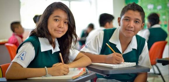 Blog-Imagen-ensenar-educacion-financiera-profesores-nivel-basico-que-aprendizaje-obtendran-Credifiel-Ago20-V1