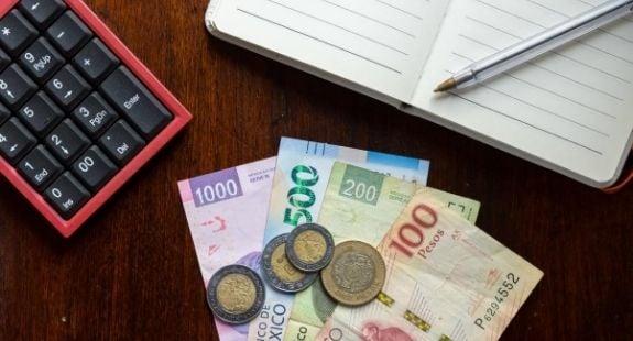 Blog-Imagen-quien-me-presta-dinero-si-estoy-en-buro-de-credito-score-Credifiel-Jul20-V1