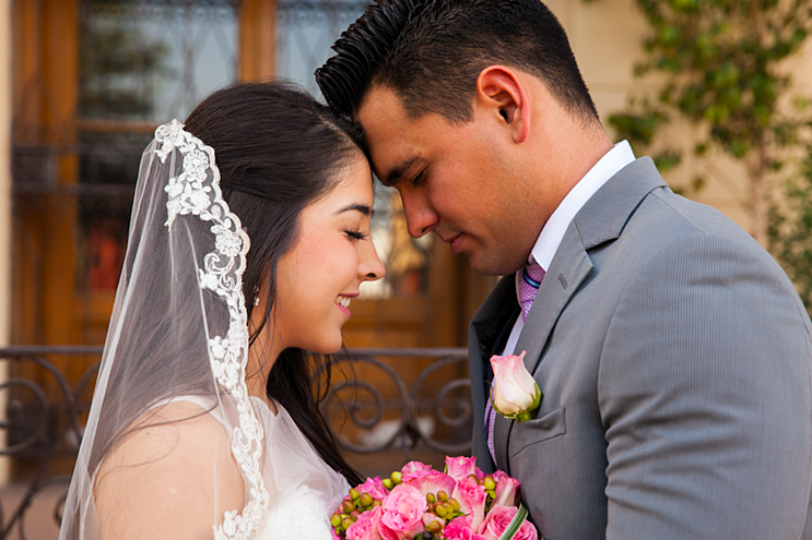 Blog-Imagen-Como-sacar-dinero-de-mi-afore-retiro-parcial-matrimonio-Credifiel-May20