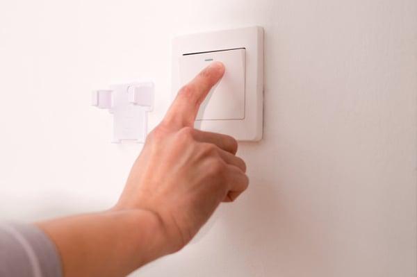 Blog-Imagen-como-hacer-rendir-el-dinero-en-el-hogar-organiza-ajusta-alimentacion-reduce-consmumo-energia-electrica-Oct20