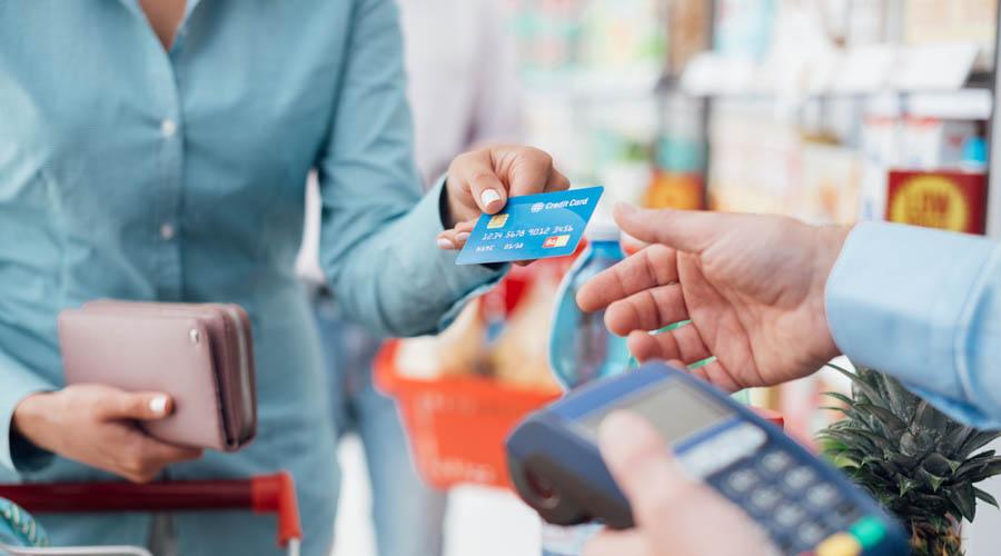 art-2-2-Segundo-mandamiento-No-usaras-tus-tarjetas-de-credito-en-vano copia
